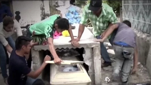 What they saw in the coffin will melt your heart