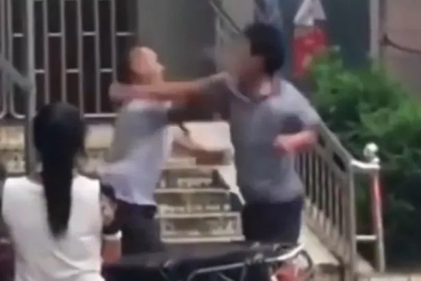 Kung Fu masters in China get into a weird street fight