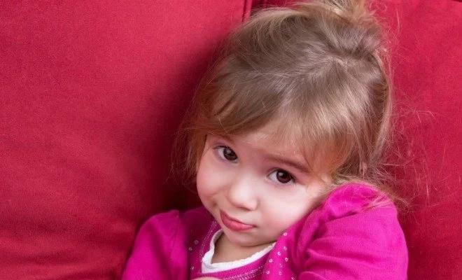 ATENCIÓN: La razón por la cual no debes obligar a tu hijo a abrazar a nadie