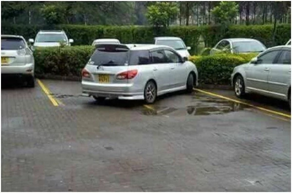 SAVAGE! Kenyan driver finds a car badly parked, what he did next left everyone PUZZLED