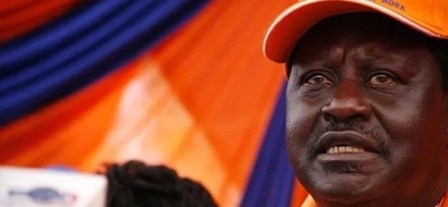 Raila Odings attacked in Mumias, car smashed