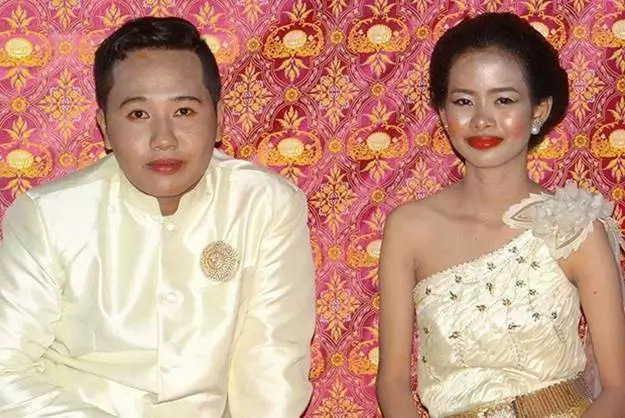Couple gets real professional make-up after a ruined wedding day