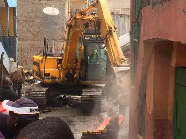 Government demolishes five buildings in Huruma