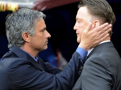 Manchester United are playing boring football - Ex-Man United manager blasts Jose Mourinho