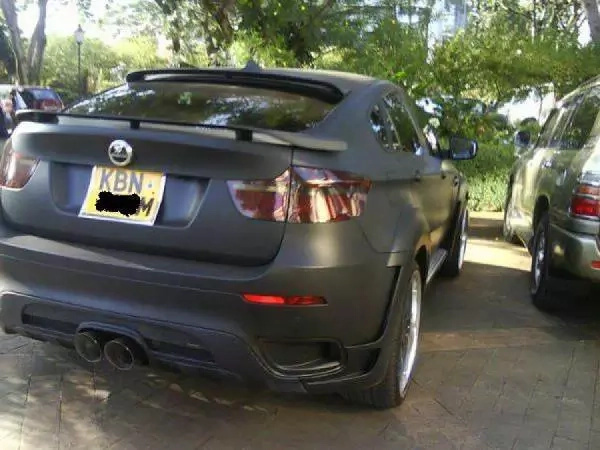 Julie Gichuru's hot car can buy you a home in Kiambu (photo)