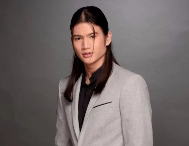 Gil Cuerva opposses haircut rules in schools