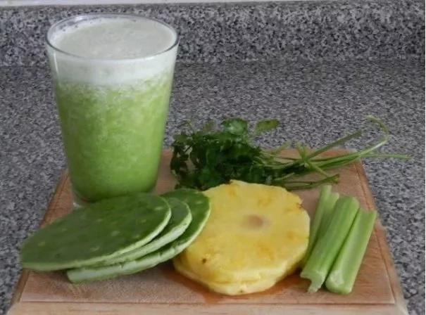 Köstlicher natürlicher Saft, zum des Blutzuckers zu senken und auch Gewicht zu verlieren