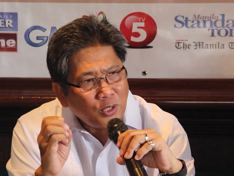 Ex Communication Sec. Coloma charged of graft and plunder
