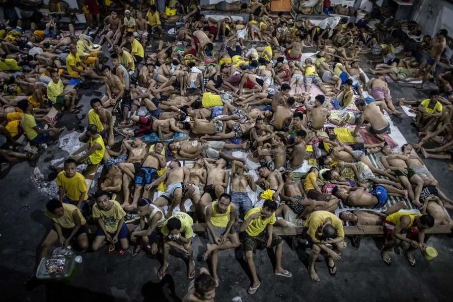 Treatment crisis challenges President Duterte's drug war