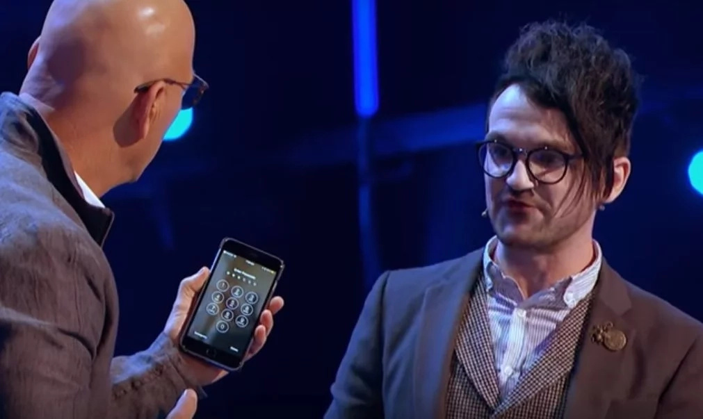 Viral video features mind reader in talent competition. It was amazing!