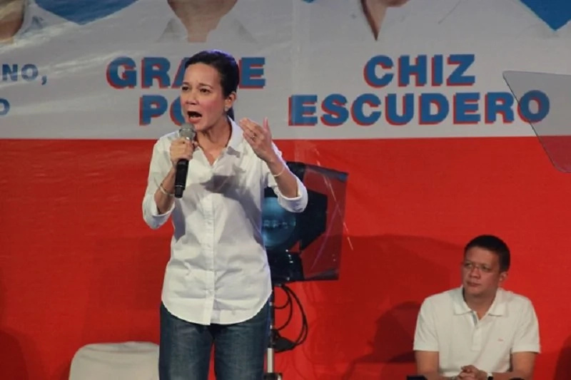 Poe Visits INC, Denies Courting Votes