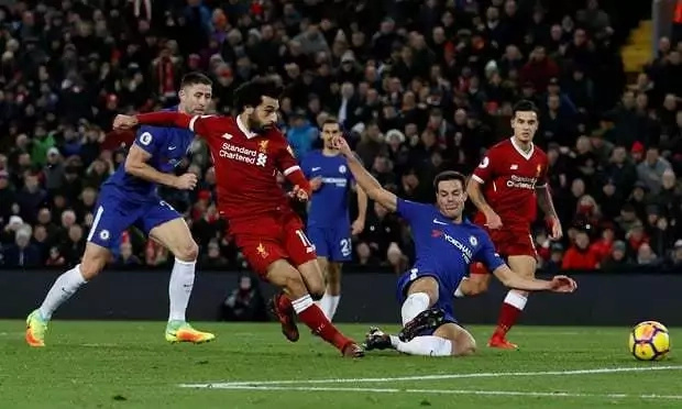 Super sub Willian nets late equalizer for Chelsea as Salah scores against former club
