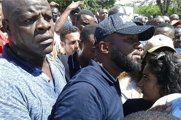 Just in: Joho supporters cause chaos at the Mombasa police station