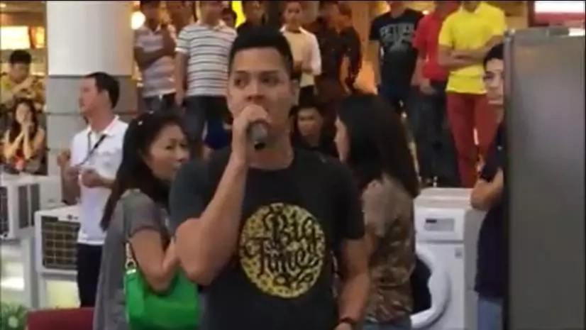 "Pinoy ""The Prayer"" videoke performance video went viral after a netizen uploaded his video"
