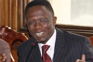Ababu Namwamba openly lectures Raila and the crowd cannot hold it back