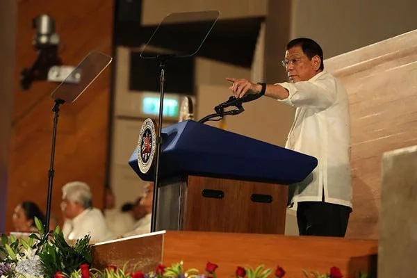Duterte to cancel contractual companies' permit