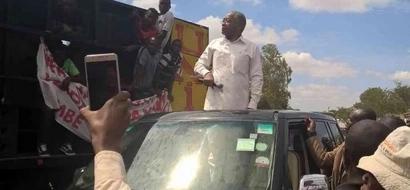 Chirau Makwere 'AMRUKA' Raila mwezi mmoja tu baada ya kuashiria kujiunga na ODM (picha)