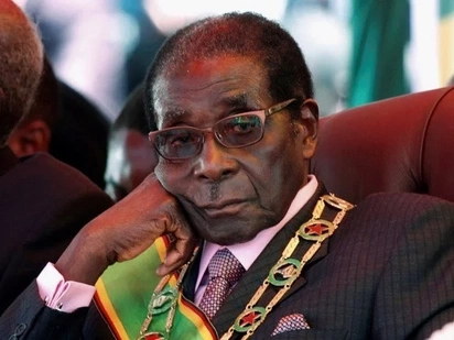 Hatimaye rais wa Zimbabwe,Robert Mugabe ajiuzulu