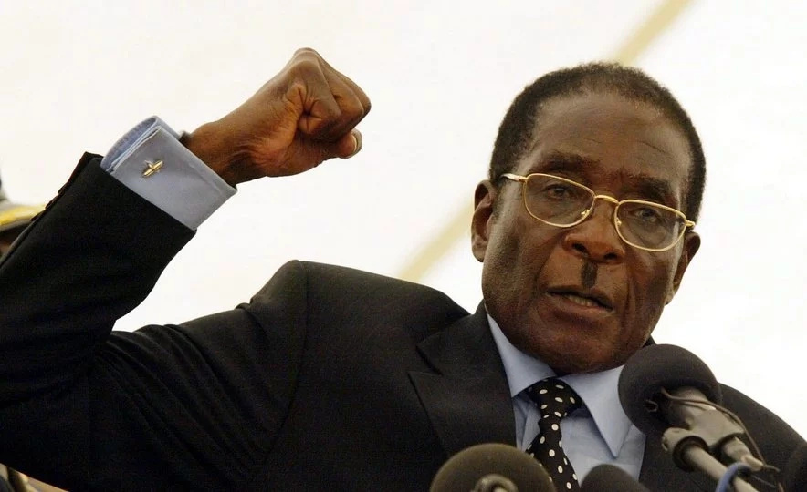 Mugabe pokes fun at his death claims spread online