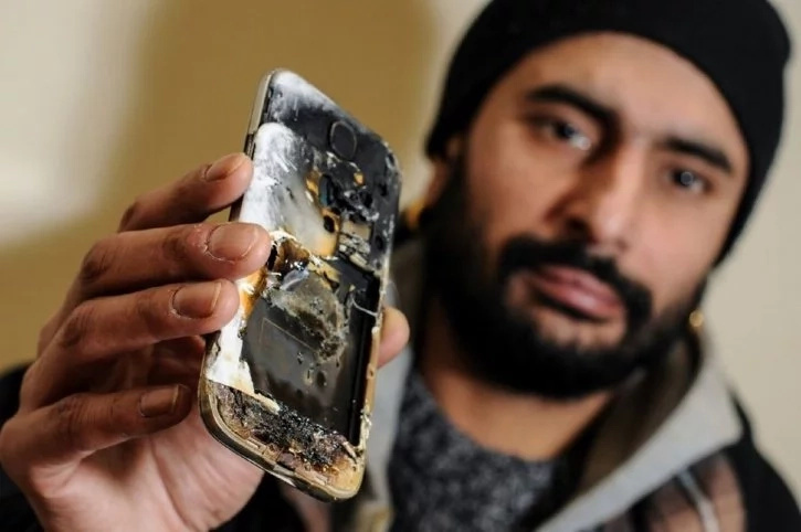 Boy, 15, severely burned after mobile phone on charging EXPLODES (photos)