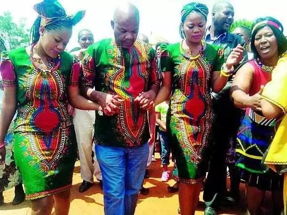 Itakumbukwa: Pacha waolewa na mwanaume mmoja