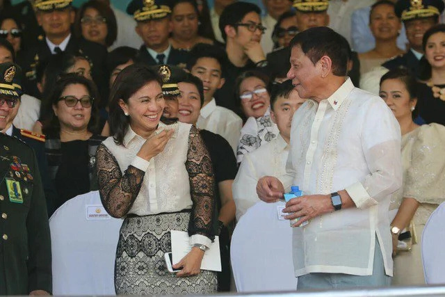 Duterte to Robredo: Assist me in my job