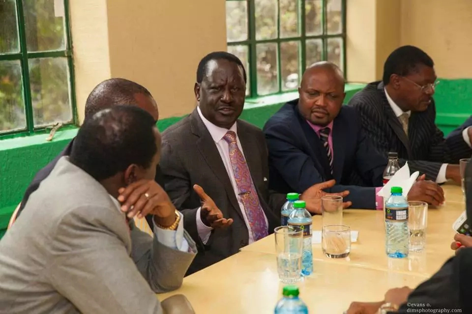 Murkomen dismisses the lunch between Raila and Kuria