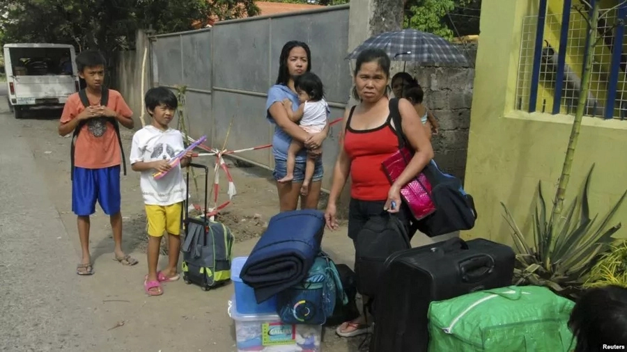 7 Ways Filipinos are preparing for Lawin