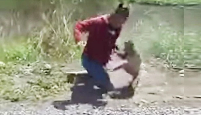 He Hits Monkey With Shoe But Sh*t — Monkey STRIKES BACK (Video)