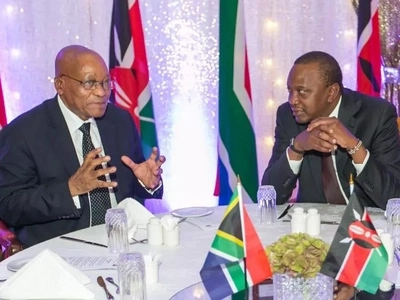 Uhuru drinks alcohol as Zuma and guests prefer juice (photos)
