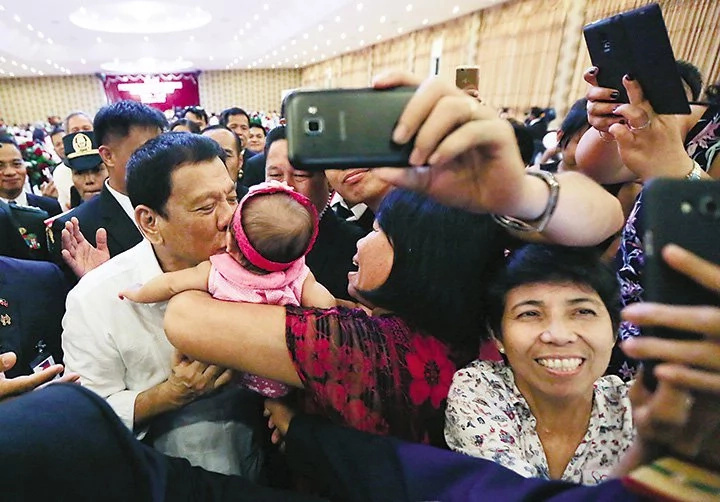 Duterte says he'll fix issues faced by OFWs