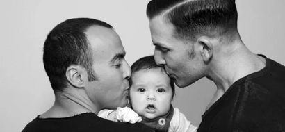 Gay couple miraculosly deliver triplets in South Africa, Oscar Pistorius is involved