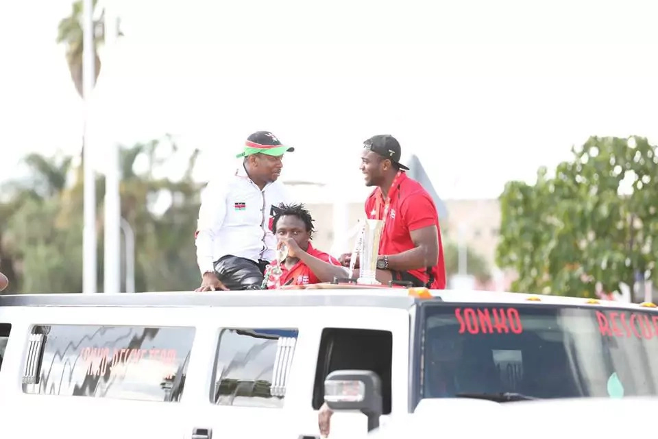 Kenya rugby team ride in high- end vehicles, treated to goodies