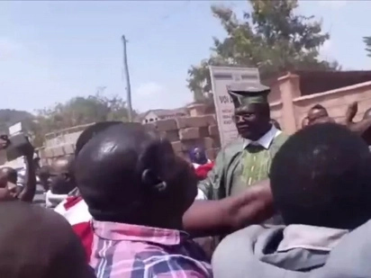 Miguna Miguna chased from Voi law courts by Governor Samboja's supporters