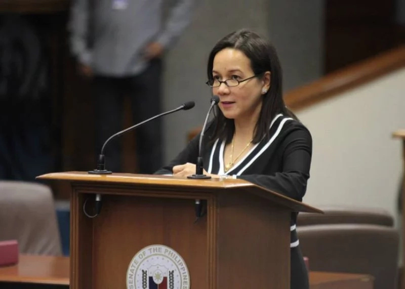 SC Throws Out DQ Cases; Says Poe Can Run