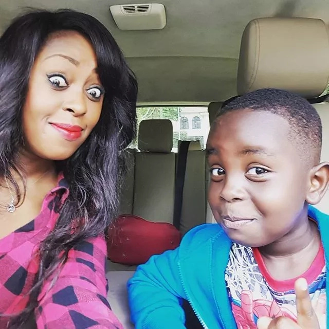 Observe! 12 Selfies from Lilian Muli showing her cute face