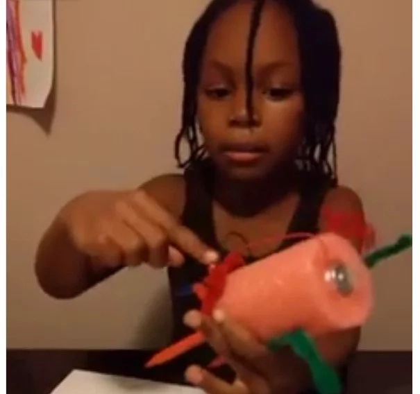 Children are our future! This cute 7-year-old invents ROBOT that made her FAMOUS (photos, video)