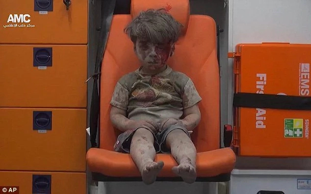 Syrian boy captures the horrors ofwar in Aleppo Syria