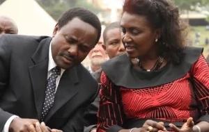 Kalonzo Musyoka adhihirisha mapenzi kwa mkewe, funzo kwako!