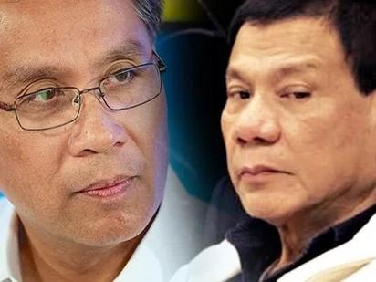 LOOK: Roxas slams Duterte's federalism