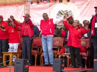 Mwanahabari maarufu ailaumu serikali ya Jubilee (picha)
