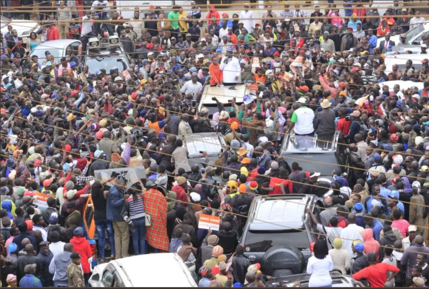 Raila charms Limuru residents during tour in Uhuru's home turf