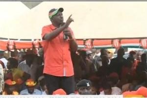 Raila na William Ruto wajibizana kwa MACHUNGU hadharani (picha)
