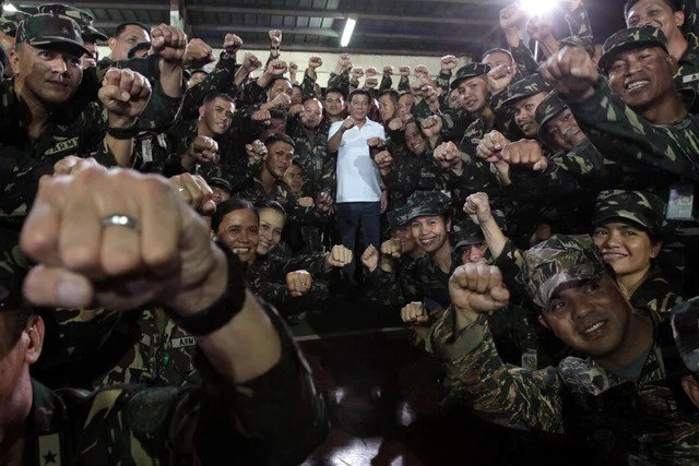 Duterte to send 9,000 soldiers to destroy Abu Sayyaf