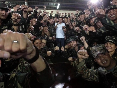 Duterte to send 9,000 soldiers to DESTROY the Abu Sayyaf once and for all