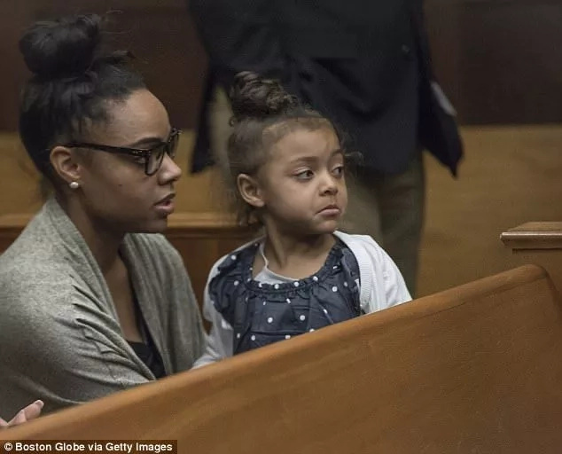 Aaron Hernandez's fiancée Shayanna and their daughter Avielle attending one of his court hearings