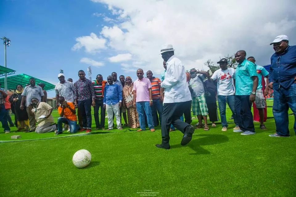 Raila plays football in a state-of-the-art stadium build by Joho (photos)