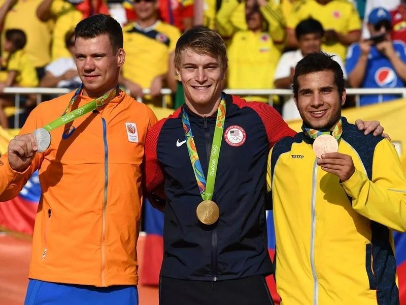 ¡Excelente día para Colombia! Se logró medalla de bronce en el BMX masculino