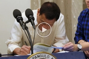 Duterte signs EO to hold off barangay and SK elections