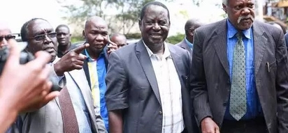Raila Odinga visits DP Ruto's stronghold and interacts with residents (photos)